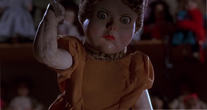 a killer doll in Dolls 1987