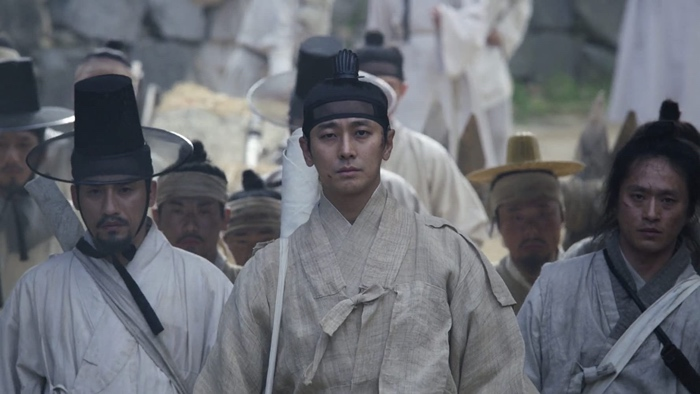 Chang, Yeon-sin and the soldiers going to battle in Kingdom season 2