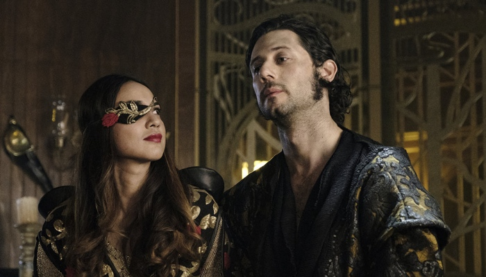 Margo and Eliot in Fillory in The Magicians season 3