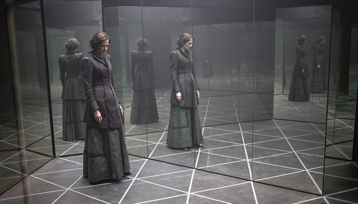 Vanessa Ives in a mirror maze in Penny Dreadful season 3
