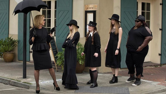 Fiona takes Madison, Nan, Zoe and Queenie on a field trip in American Horror Story season 3 Coven