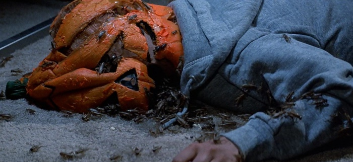 killer pumpkin mask in Halloween 3 Season of the Witch 1982